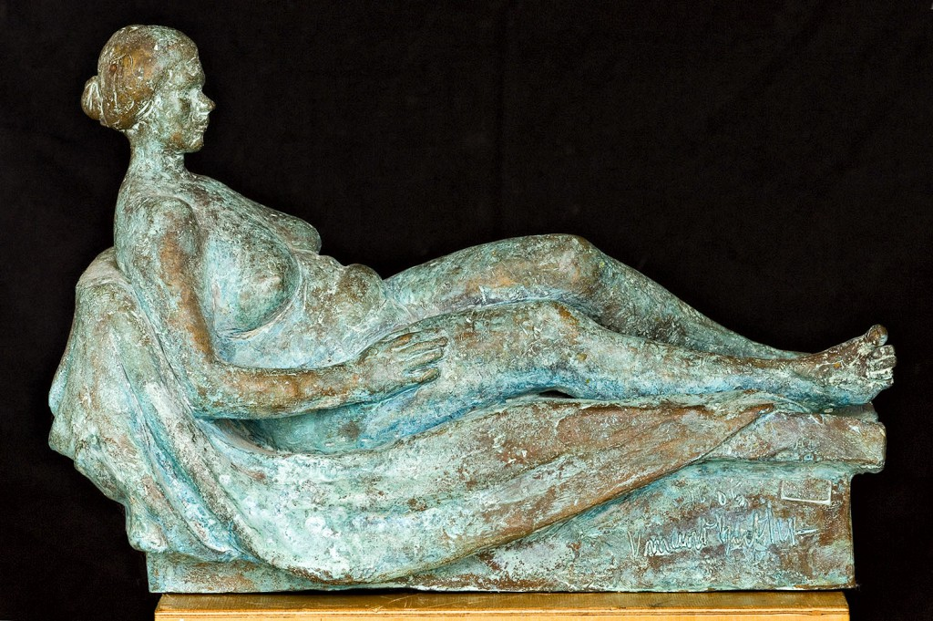 Reclining Female Figure 2005